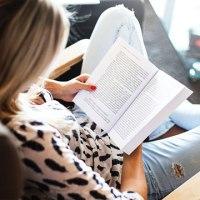 Зошто љубителите на книги ги чувствуваат работите многу подлабоко од останатите?