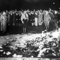 Чии дела и книги биле забранети и спалувани во нацистичка Германија?